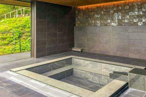 大浴場(改修後の石風呂)